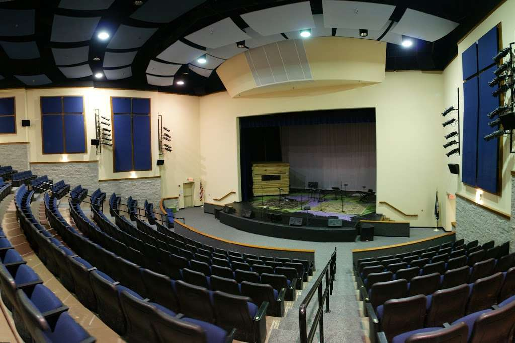 Highland School - school  | Photo 7 of 10 | Address: 597 Broadview Ave, Warrenton, VA 20186, USA | Phone: (540) 878-2700