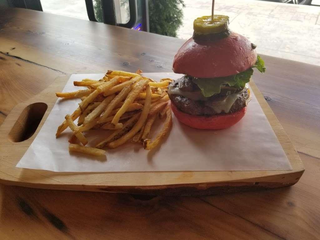 Burger Lab - restaurant  | Photo 10 of 10 | Address: 29-04 Ditmars Blvd, Long Island City, NY 11105, USA | Phone: (929) 454-8825