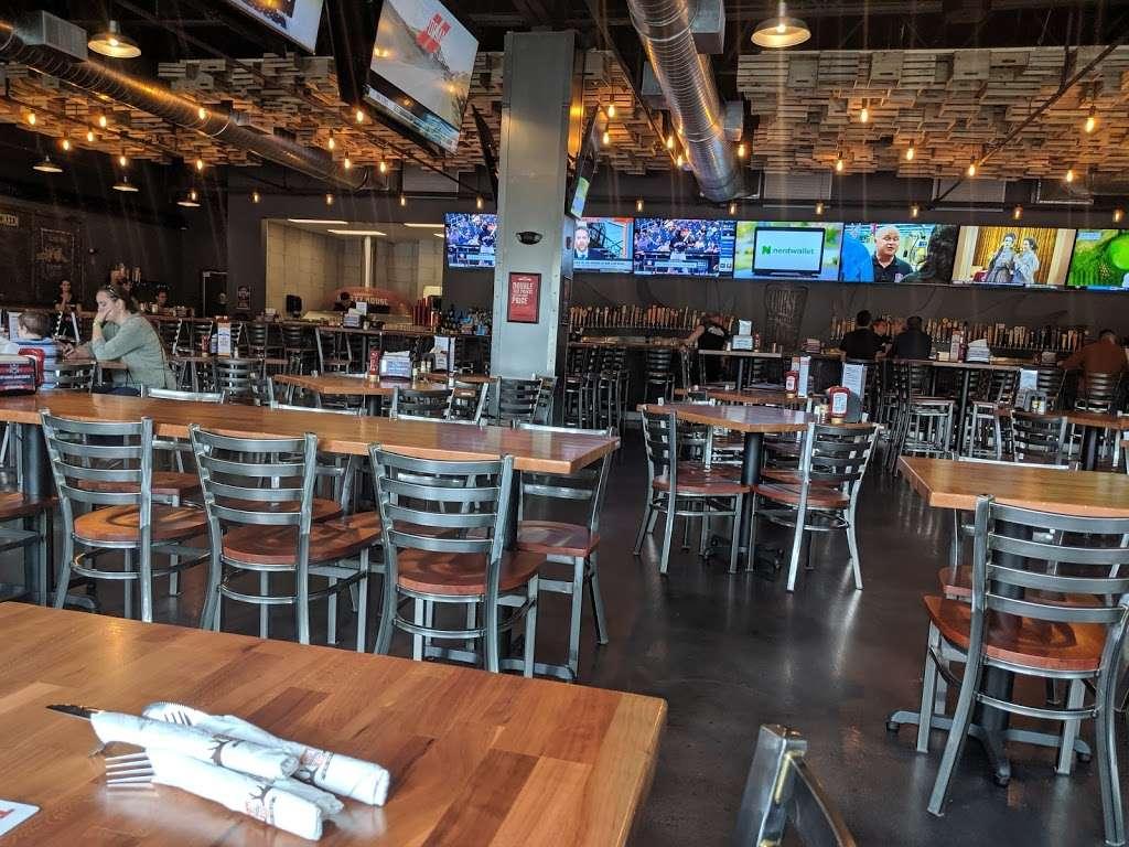 Thirsty Moose Tap House- Merrimack - restaurant  | Photo 3 of 10 | Address: 360 Daniel Webster Hwy, Merrimack, NH 03054, USA | Phone: (603) 670-0270
