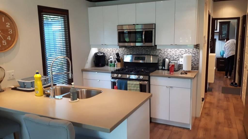 K&D Home Suites, Modern Furnished Rentals - lodging    Photo 9 of 9   Address: 1482 Wyandotte St E, Windsor, ON N9A 3K9, Canada   Phone: (226) 280-8706