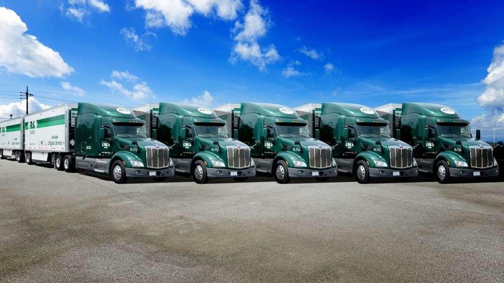 R+L Carriers - moving company  | Photo 1 of 2 | Address: 275 Pine St, Seekonk, MA 02771, USA | Phone: (508) 399-5816
