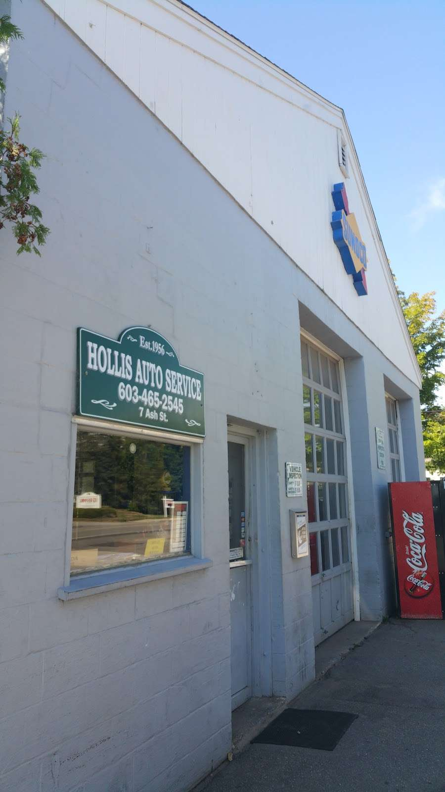 Sunoco Gas Station - gas station  | Photo 1 of 3 | Address: 7 Ash St, Hollis, NH 03049, USA | Phone: (603) 465-2545