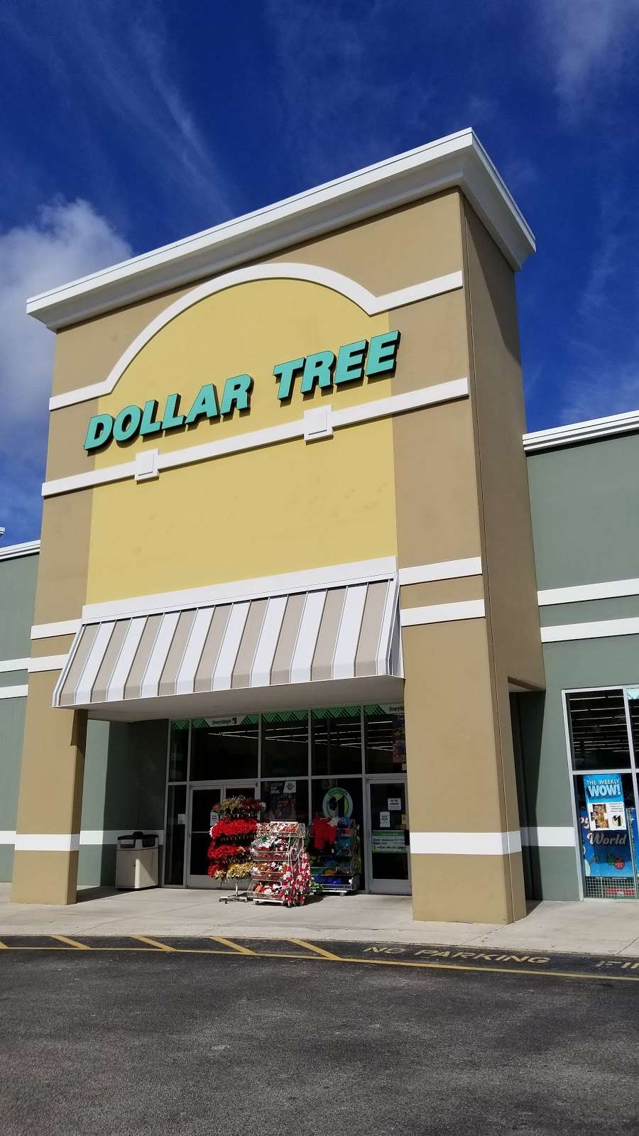 Dollar Tree - furniture store  | Photo 4 of 10 | Address: 7201 Shoppes Dr, Melbourne, FL 32940, USA | Phone: (321) 615-9218