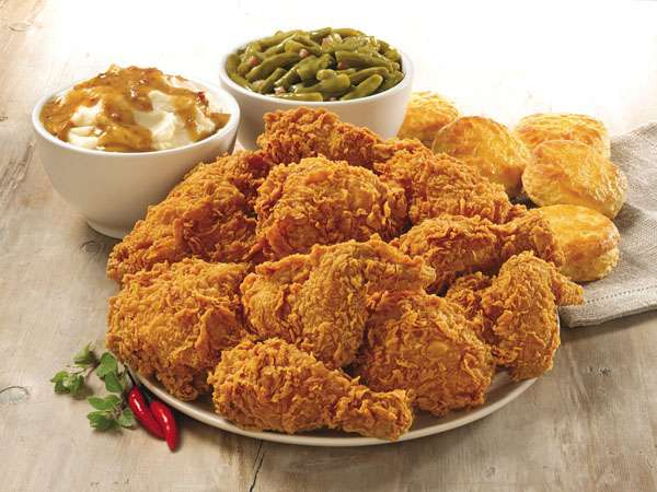 Popeyes Louisiana Kitchen - restaurant  | Photo 4 of 10 | Address: 6804 Garth Rd, Baytown, TX 77521, USA | Phone: (281) 421-7901