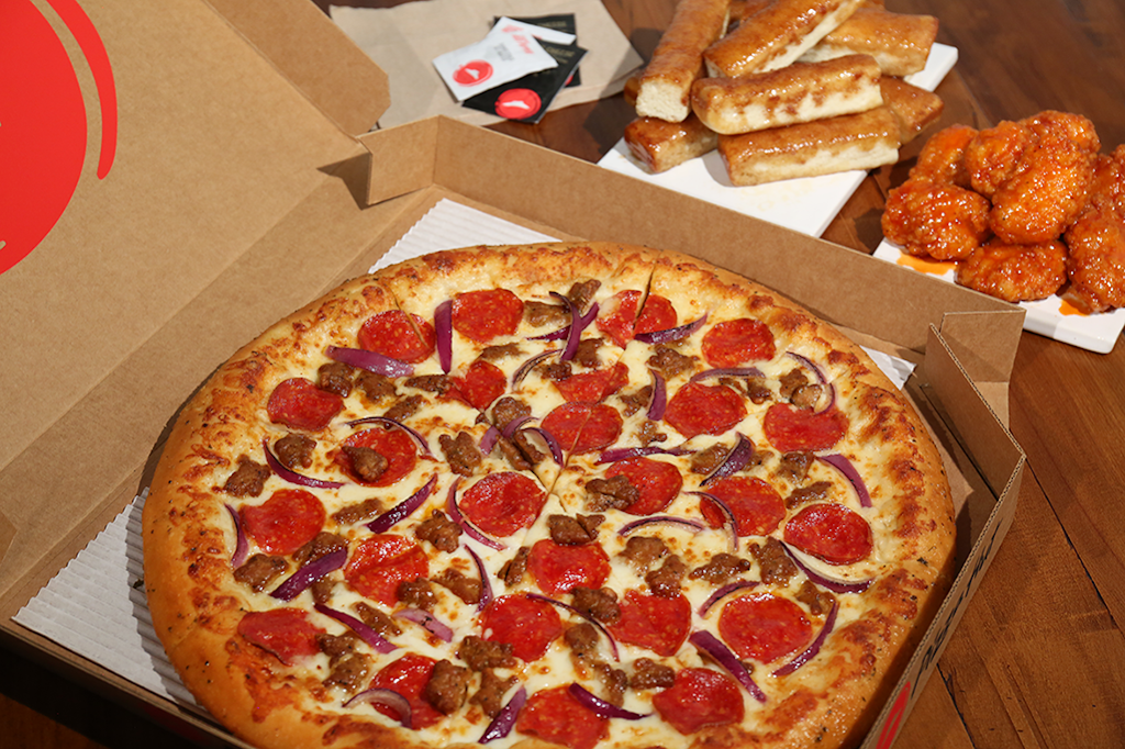 Pizza Hut - meal delivery    Photo 1 of 5   Address: 1001 E Hebron Pkwy #102, Carrollton, TX 75007, USA   Phone: (972) 492-1166