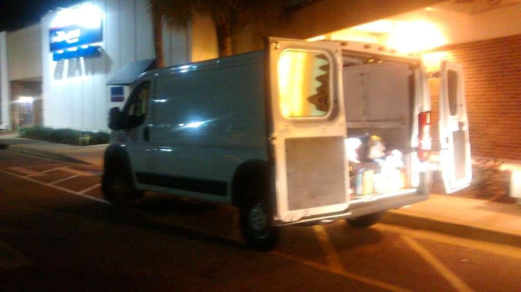Alamo Rent A Car - car rental  | Photo 7 of 8 | Address: 1000 Car Care Dr, Orlando, FL 32830, USA | Phone: (407) 824-3470