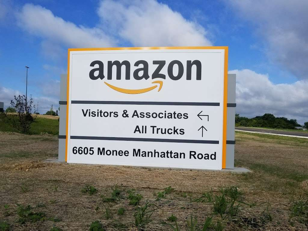 Amazon Fulfillment Center - MDW7 - storage  | Photo 7 of 10 | Address: 6605 W Monee Manhattan Rd, Monee, IL 60449, USA | Phone: (206) 266-1000