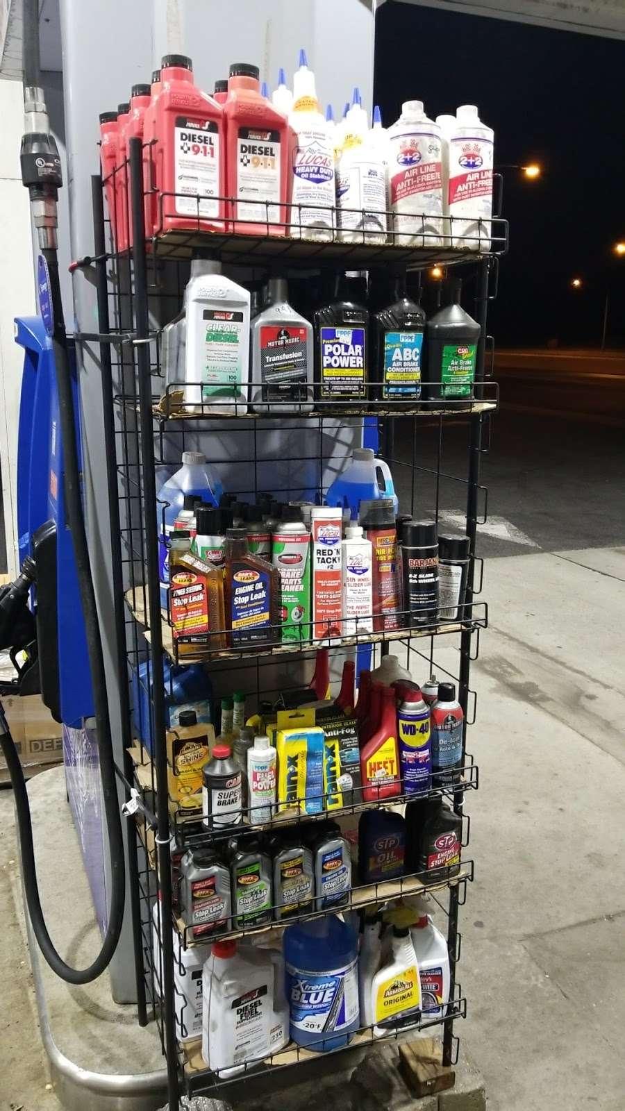 Exxon - gas station  | Photo 6 of 10 | Address: 1104 US-1, Linden, NJ 07036, USA | Phone: (908) 862-2330