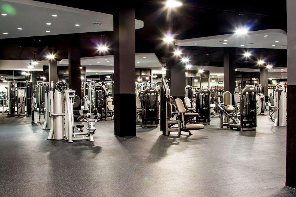 USA Fitness - Sylmar Super Center - gym  | Photo 5 of 10 | Address: 91324, 13640 Foothill Boulevard, Sylmar, CA 91342, USA | Phone: (818) 367-4653