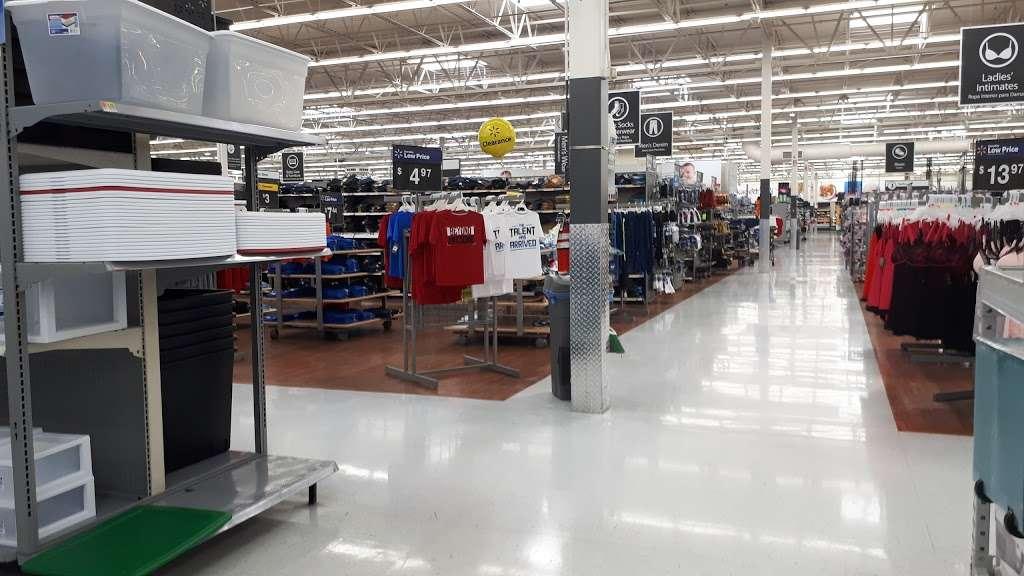 Walmart Supercenter - department store  | Photo 8 of 10 | Address: 7250 Carson Blvd, Long Beach, CA 90808, USA | Phone: (562) 425-5113