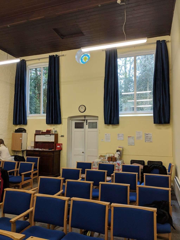 Copthorne Chapel - church  | Photo 4 of 4 | Address: Chapel Ln, Felbridge, Crawley RH10 3ET, UK