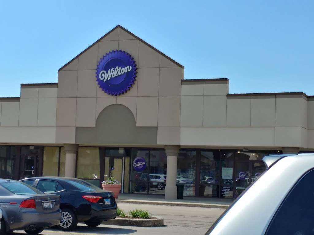 Wilton Baking Supply Store - store  | Photo 2 of 10 | Address: 7511 Lemont Rd, Darien, IL 60561, USA | Phone: (630) 985-6000
