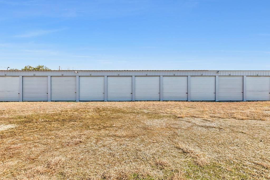 Fort Worth Boatel & Storage - storage  | Photo 1 of 7 | Address: 8955 Boat Club Rd, Fort Worth, TX 76179, USA | Phone: (817) 385-7671