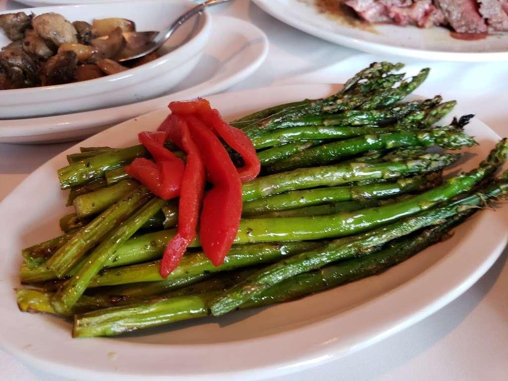 Fleming's Prime Steakhouse & Wine Bar - restaurant  | Photo 10 of 10 | Address: 90 The Promenade, Edgewater, NJ 07020, USA | Phone: (201) 313-9463
