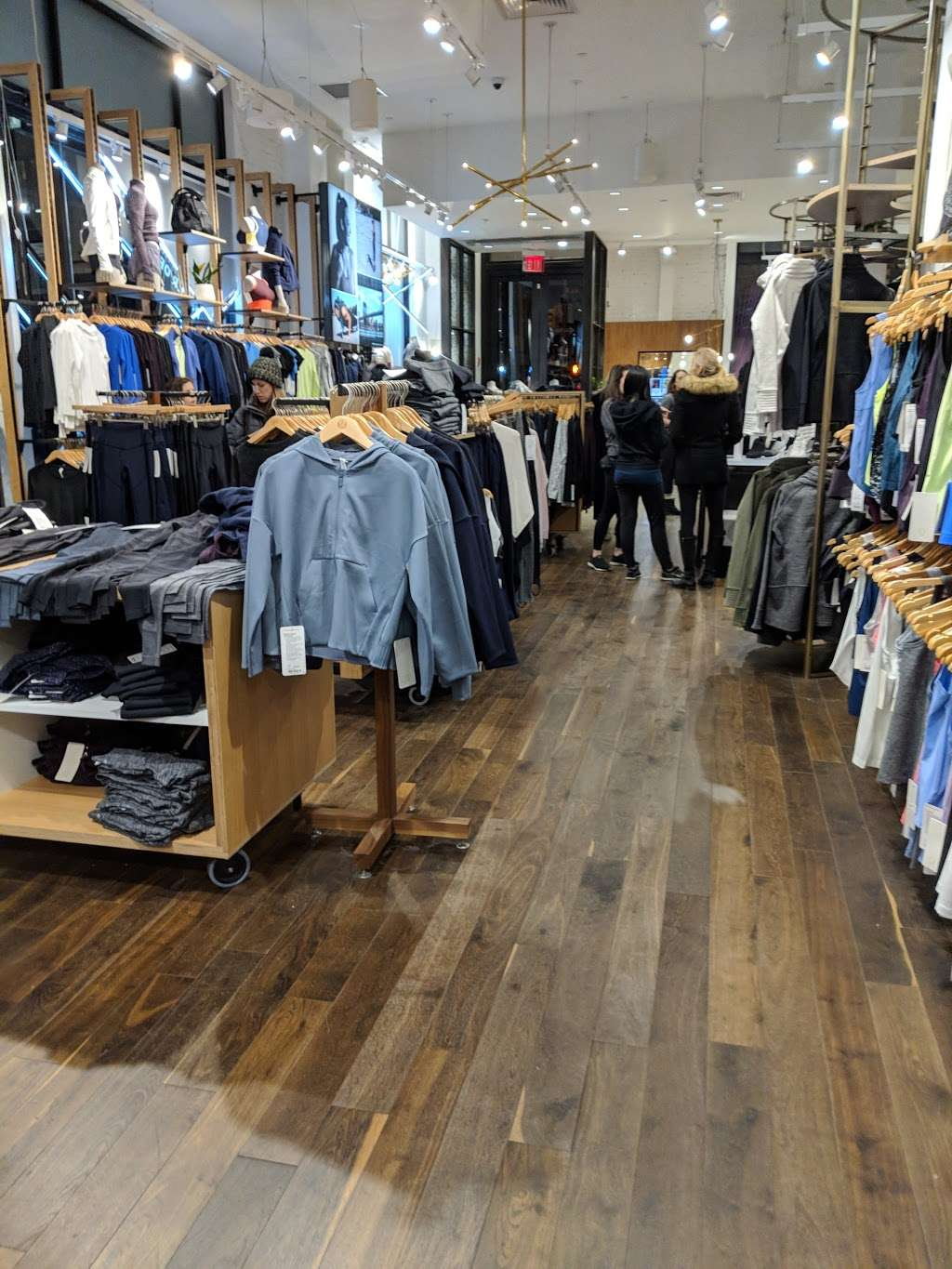 lululemon - shoe store  | Photo 2 of 10 | Address: 114 5th Ave, New York, NY 10011, USA | Phone: (212) 627-0314
