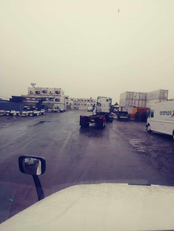 Three Harbors Services - moving company  | Photo 9 of 10 | Address: 4821 Tidewater Ave, Oakland, CA 94601, USA | Phone: (510) 436-2804