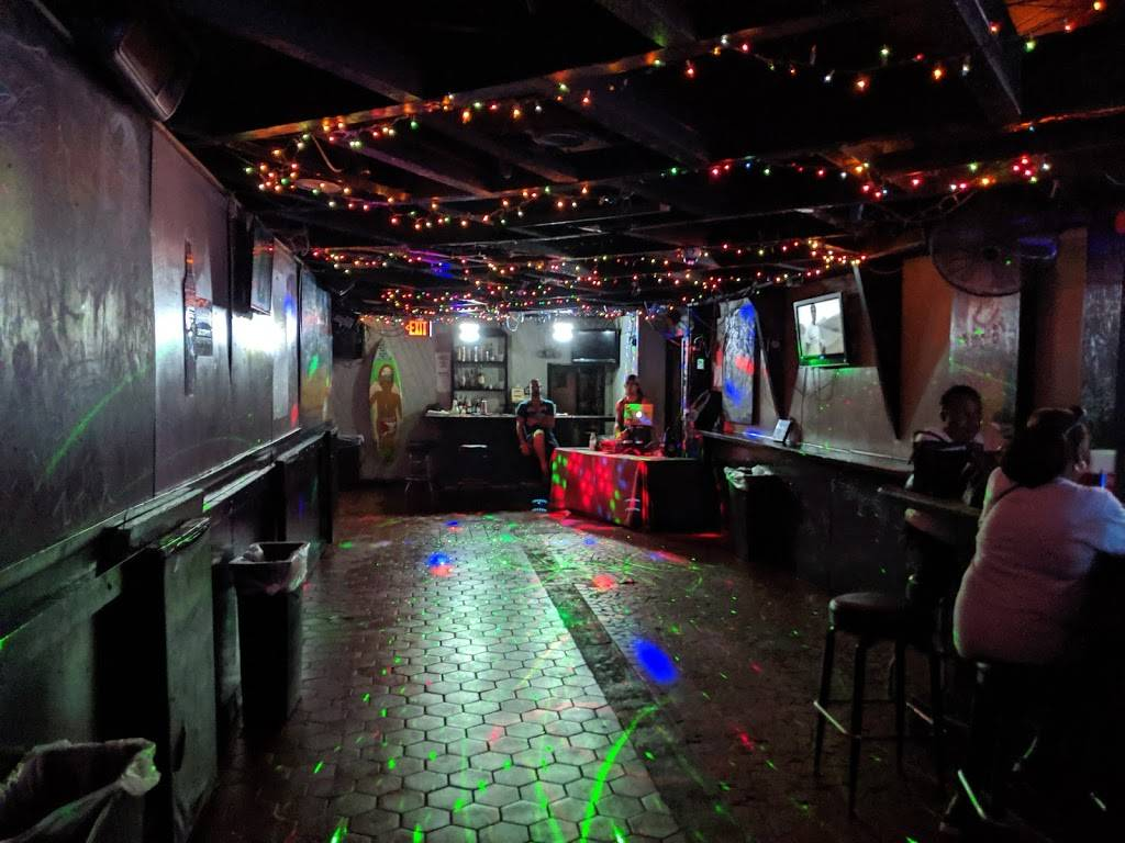 Chemistry - night club  | Photo 4 of 10 | Address: 2114 Atlantic Ave, Virginia Beach, VA 23451, USA | Phone: (757) 425-7683
