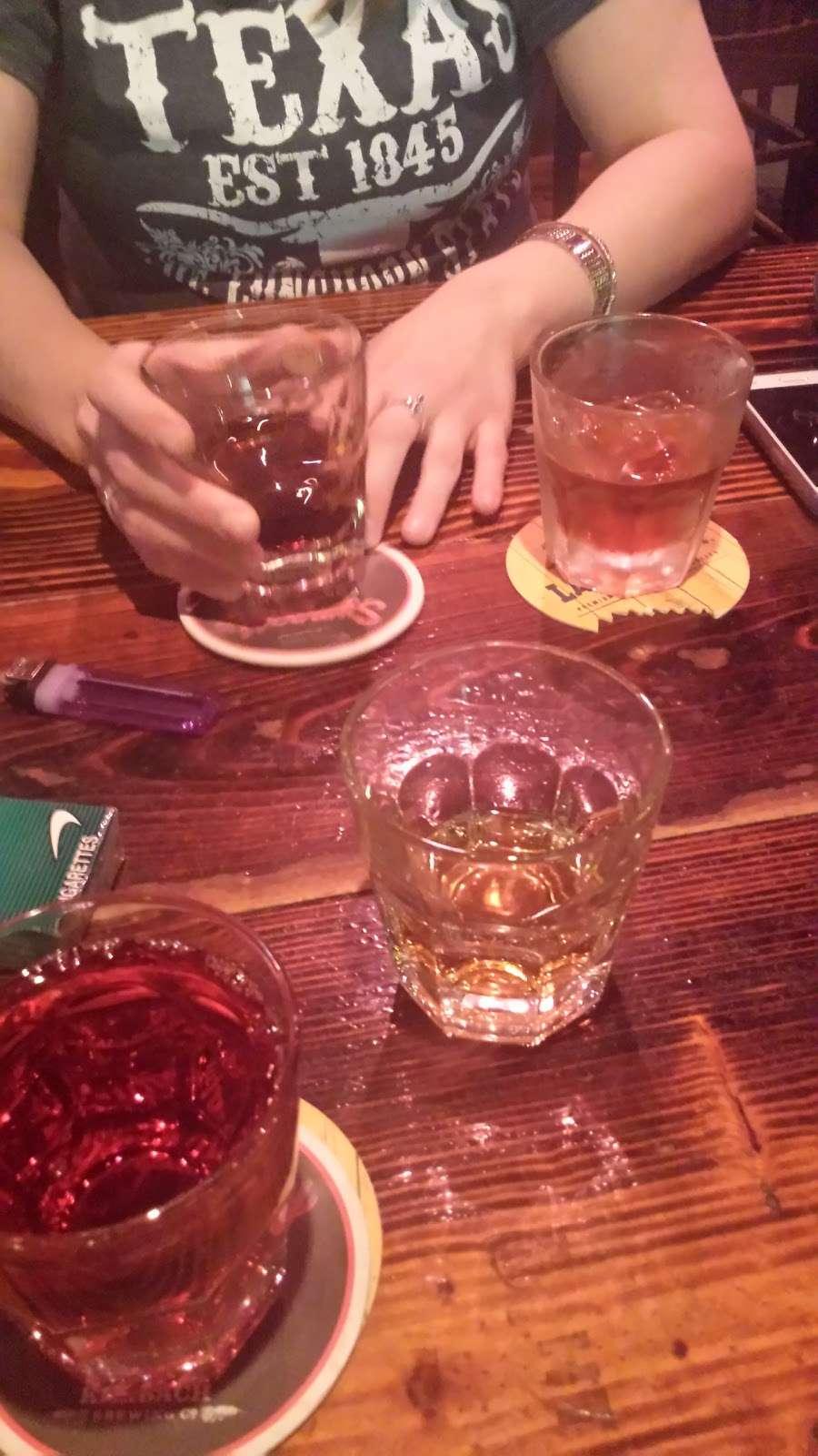 Mollys Pub - night club    Photo 6 of 10   Address: 400 Texas Ave, Kemah, TX 77565, USA   Phone: (281) 334-2777