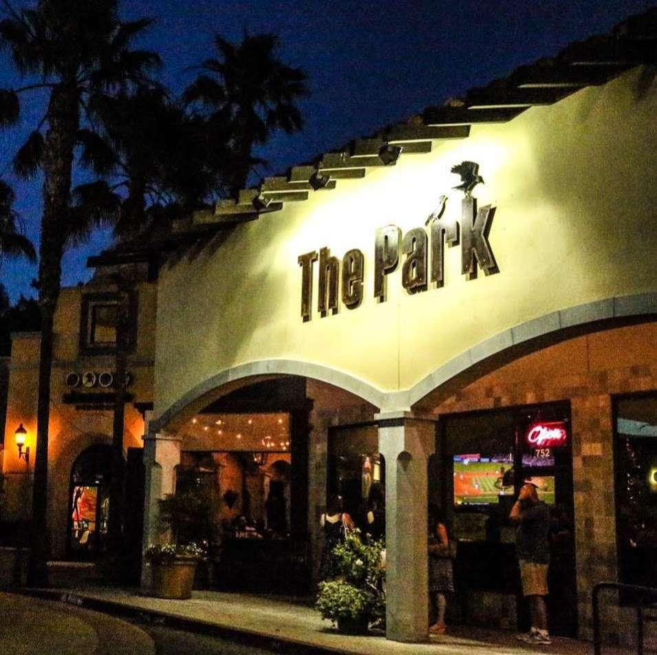The Park Restaurant and Bar - restaurant  | Photo 5 of 10 | Address: 706 Lindero Canyon Rd suite 752, Oak Park, CA 91377, USA | Phone: (818) 532-7919
