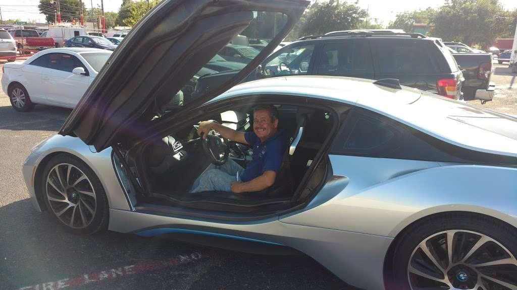 MERCADO AUTO SALES - car dealer  | Photo 10 of 10 | Address: Dallas, TX 75217, USA | Phone: (469) 740-1441