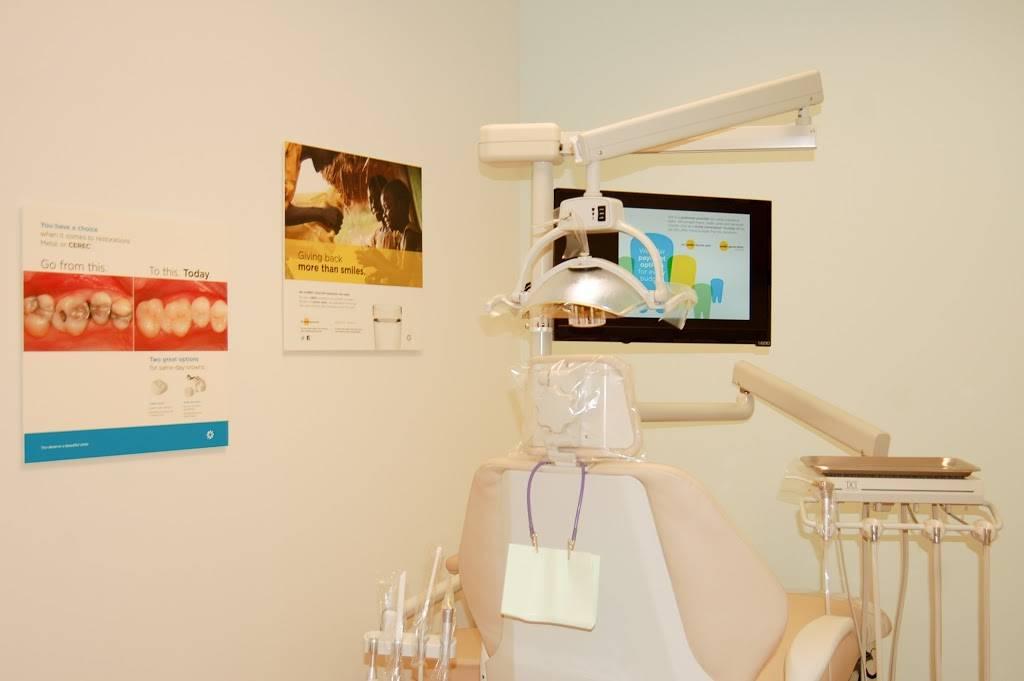 Las Estancias Dental Group - dentist  | Photo 9 of 10 | Address: 3715 Las Estancias Way Ste 101, Albuquerque, NM 87121, USA | Phone: (505) 209-9081