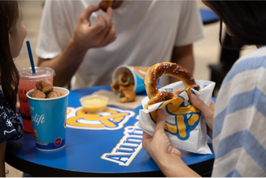 Auntie Annes - bakery  | Photo 6 of 10 | Address: 1613 Pleasonton Rd suite b-108, Fort Bliss, TX 79906, USA | Phone: (915) 298-1001