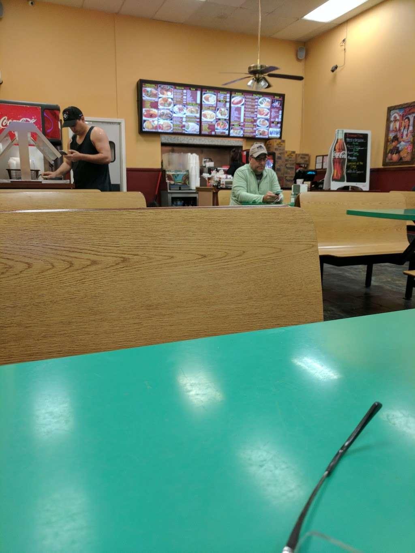 Mannys El Taco De Mexico - restaurant  | Photo 3 of 10 | Address: 1038 E Avenida De Los Arboles, Thousand Oaks, CA 91360, USA | Phone: (805) 492-4709