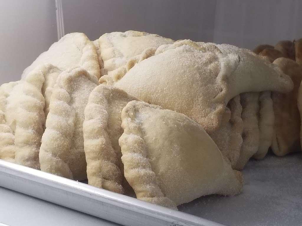 La Feria Bakery - cafe  | Photo 9 of 10 | Address: 2370 Farm to Market 1960 Rd W, Houston, TX 77068, USA | Phone: (832) 286-1498