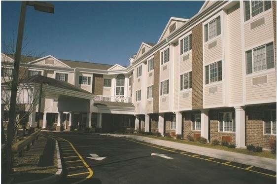 Maywood Center For Health & Rehabilitation - doctor  | Photo 6 of 8 | Address: 100 W Magnolia Ave, Maywood, NJ 07607, USA | Phone: (201) 843-8411