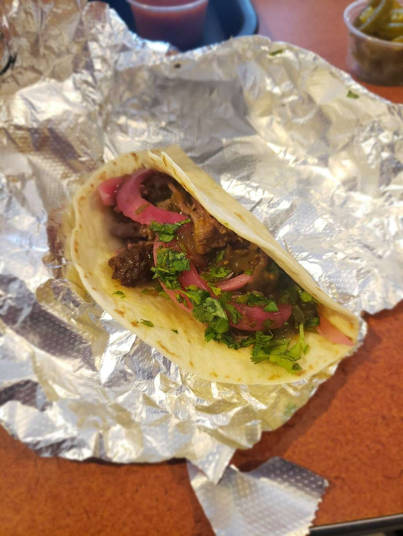 Taco Bueno - restaurant  | Photo 2 of 10 | Address: 2113 E Belt Line Rd, Richardson, TX 75081, USA | Phone: (972) 690-5373