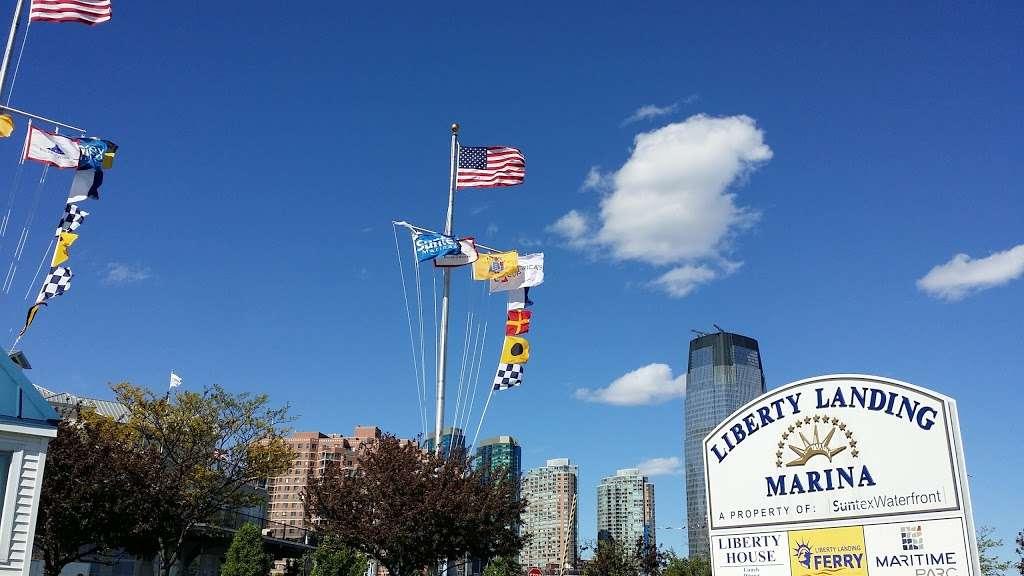 Liberty Landing Marina - transit station  | Photo 10 of 10 | Address: 76 Audrey Zapp Dr, Jersey City, NJ 07305, USA | Phone: (201) 604-5799