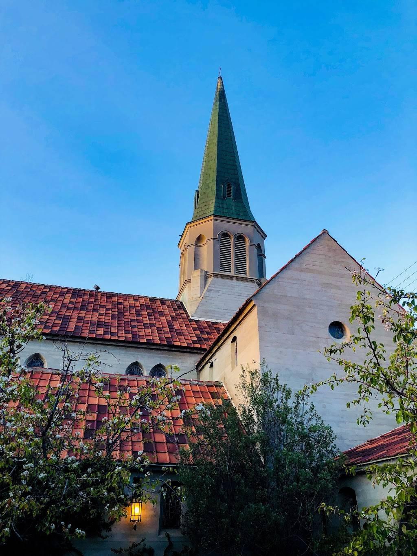 St. Marks Episcopal Church - church  | Photo 3 of 10 | Address: 1020 N Brand Blvd, Glendale, CA 91202, USA | Phone: (818) 240-3860