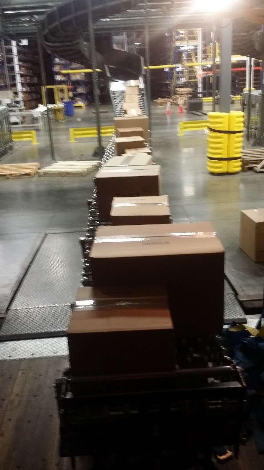 McKesson Medical-Surgical Inc. - storage  | Photo 2 of 4 | Address: 885 Paragon Way, Rock Hill, SC 29730, USA | Phone: (803) 832-0175