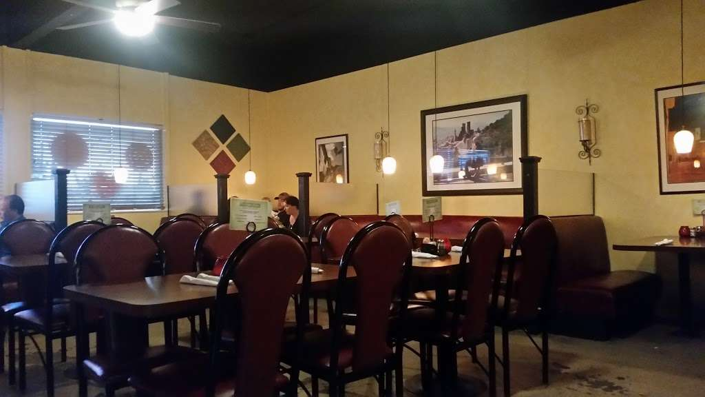 Avolio S Italian Restaurant 15975 E San Bernardino Rd