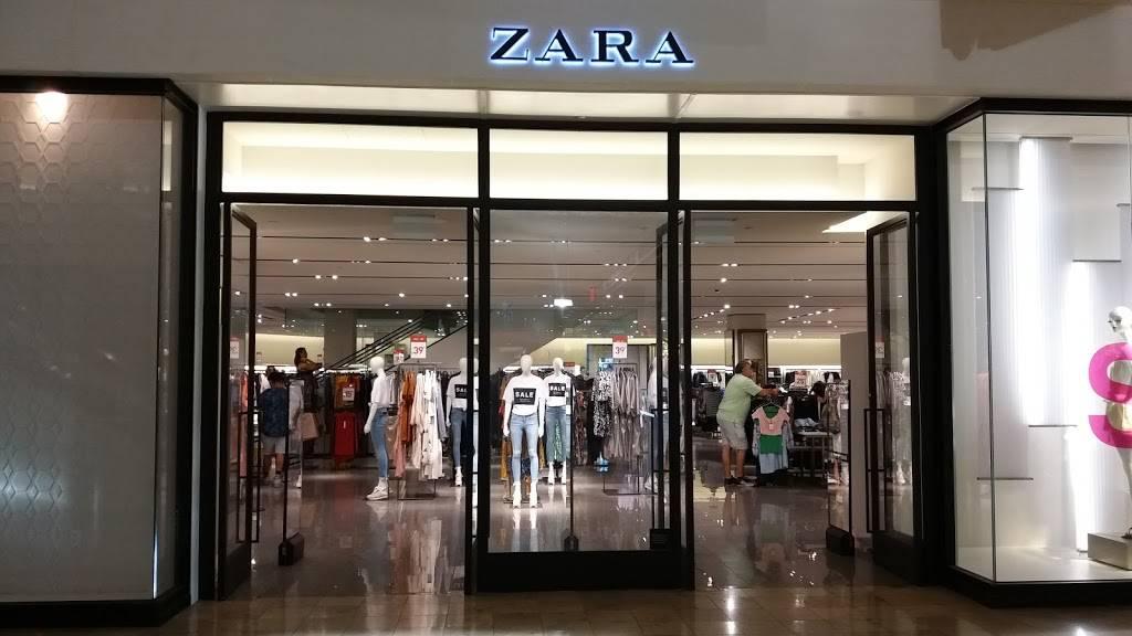 ZARA - clothing store    Photo 1 of 7   Address: FASHION SHOW MALL, 3200 S Las Vegas Blvd, Las Vegas, NV 89109, USA   Phone: (702) 733-1113