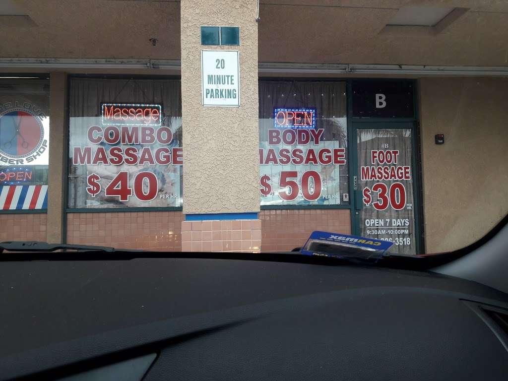 Shell - gas station  | Photo 3 of 4 | Address: 15980 Perris Blvd, Moreno Valley, CA 92551, USA | Phone: (909) 485-2425