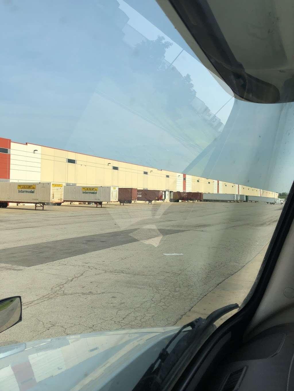 Electrolux - storage  | Photo 6 of 8 | Address: 801 Mid Point Rd, Minooka, IL 60447, USA | Phone: (815) 521-2200