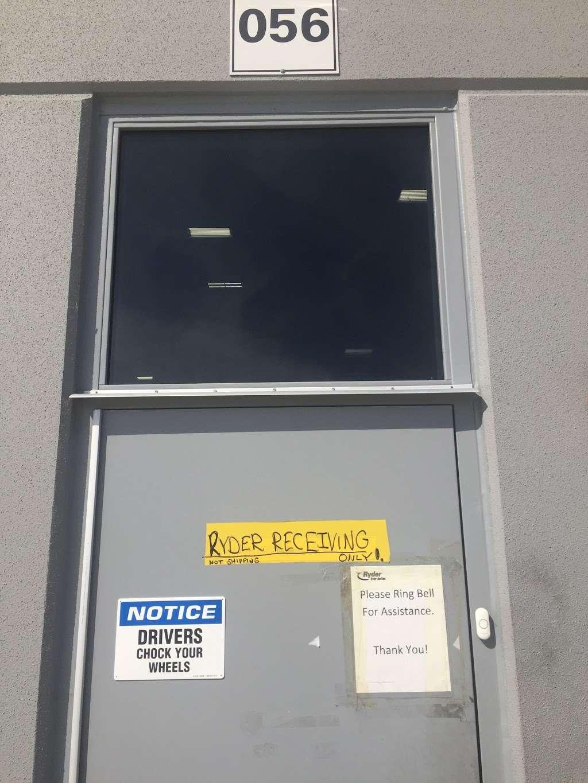 Ryder Logistics - storage  | Photo 5 of 7 | Address: 8620 Congdon Hill Drive, Alburtis, PA 18011, USA
