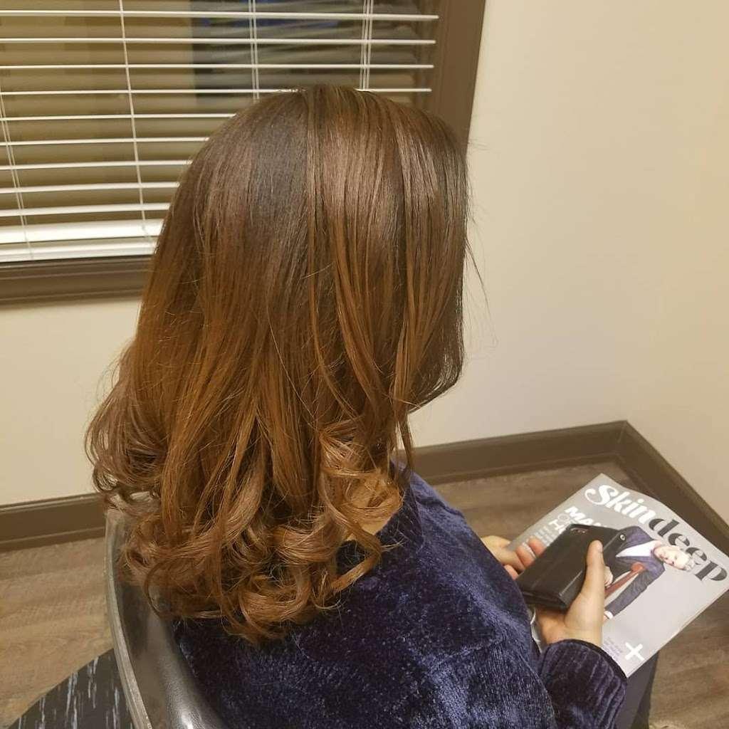 Salonbytt#11 - hair care  | Photo 8 of 10 | Address: 3865 Wilson Blvd suite 100#11, Arlington, VA 22203, USA | Phone: (703) 981-2677