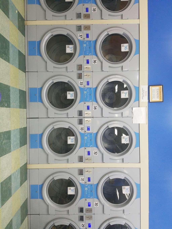 Truman Wash Tub - laundry  | Photo 7 of 10 | Address: 10215 E Truman Rd, Independence, MO 64052, USA | Phone: (816) 503-8593
