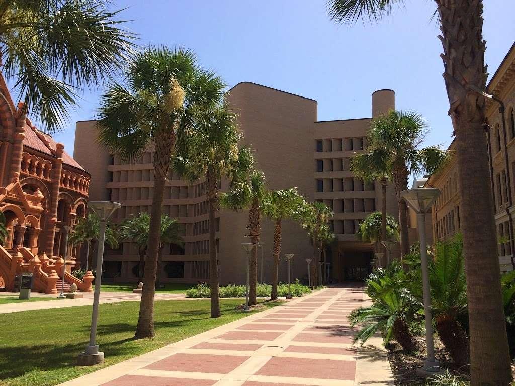 UTMB Health Ear, Nose and Throat - Galveston - doctor    Photo 1 of 5   Address: 700 University Blvd, Galveston, TX 77550, USA   Phone: (281) 338-0829