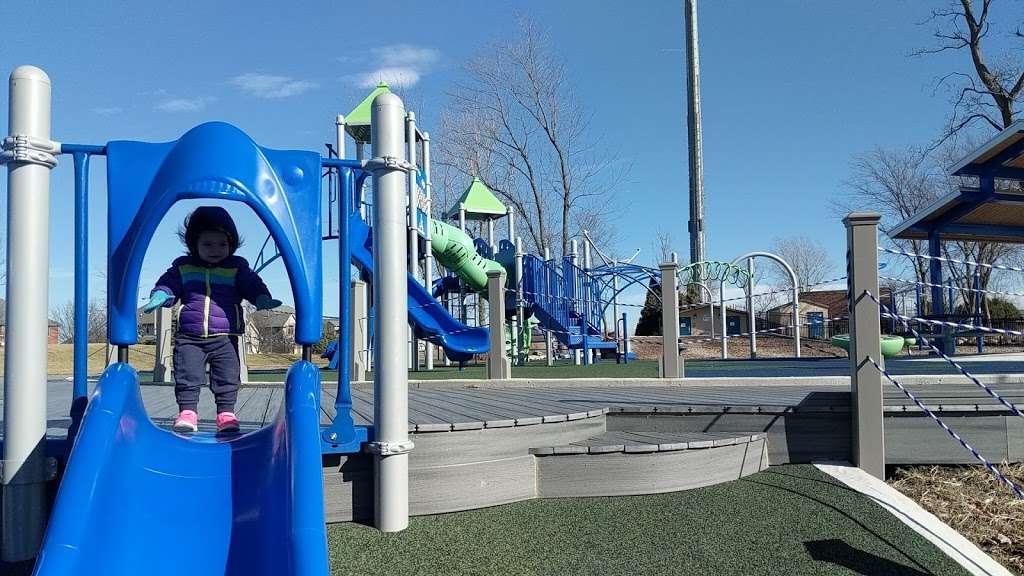 Northview Park - park  | Photo 5 of 10 | Address: 1131 McCarthy Rd, Lemont, IL 60439, USA