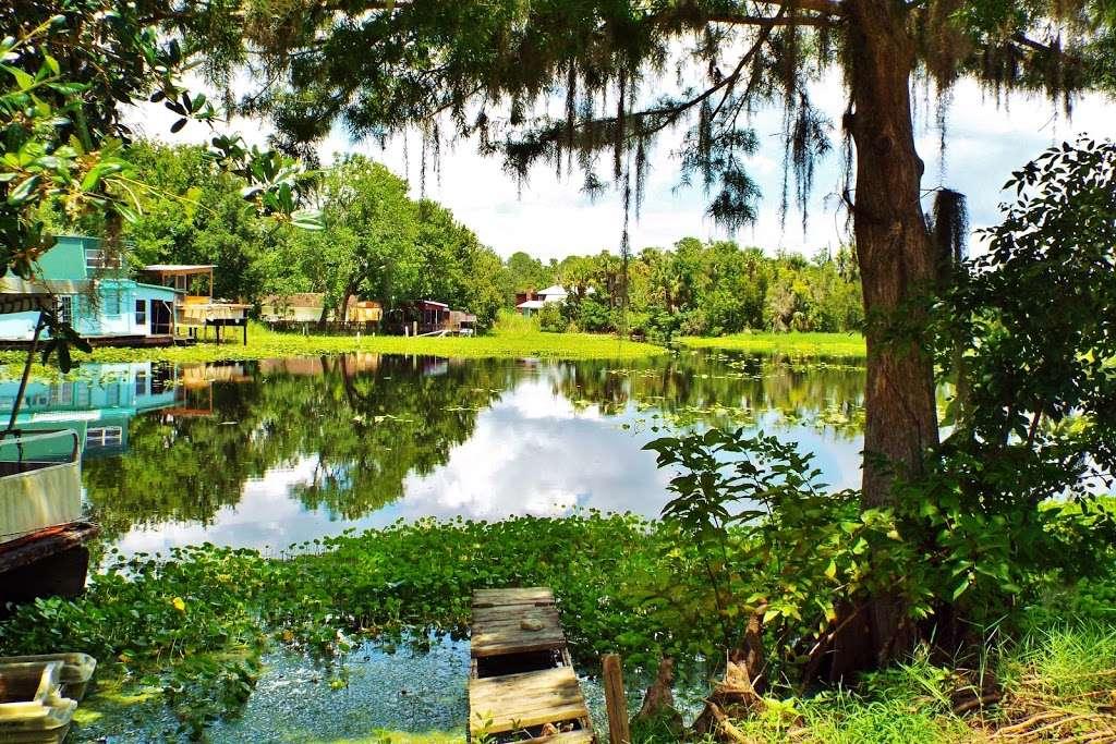 North Shell Marina And RV Park - rv park  | Photo 3 of 10 | Address: 2981 N Shell Rd, DeLand, FL 32720, USA