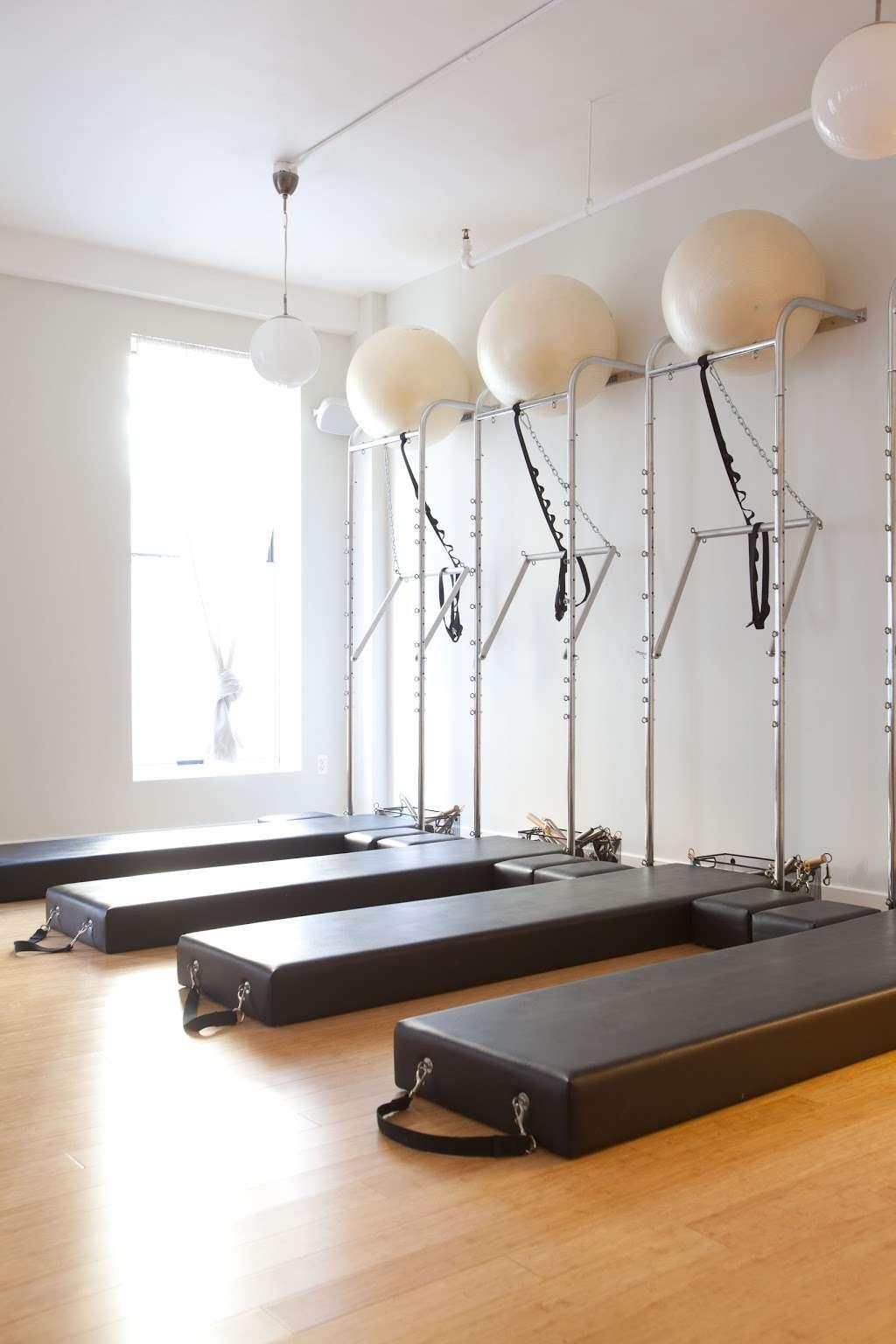 Hamilton Health & Fitness - gym  | Photo 8 of 10 | Address: 161 Erie St, Jersey City, NJ 07302, USA | Phone: (201) 714-7600