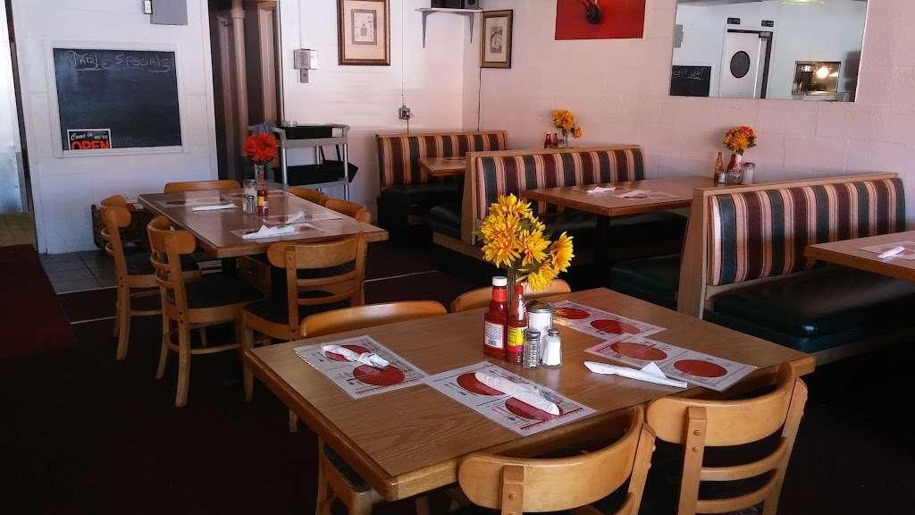 Kings Table Soul Food - restaurant    Photo 1 of 10   Address: 3626, 5932 Prospect Ave, Kansas City, MO 64130, USA   Phone: (816) 444-0779