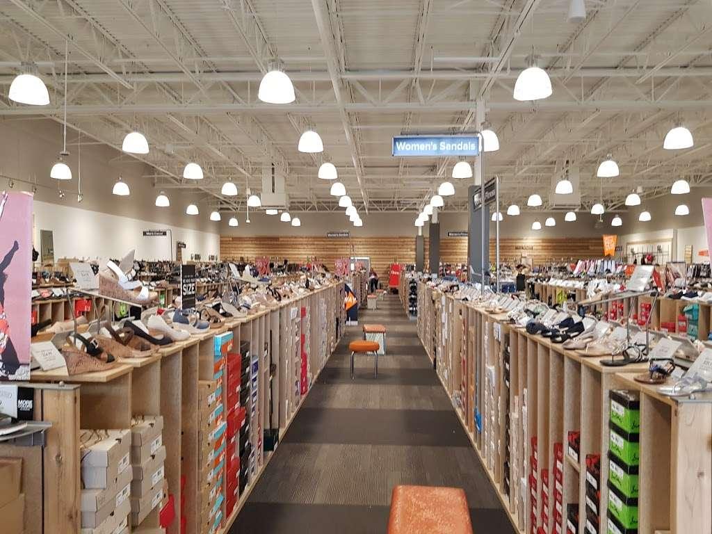 DSW Designer Shoe Warehouse, 833 N