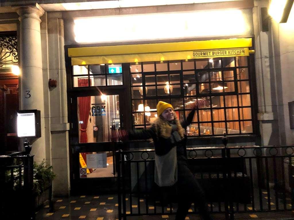 Gourmet Burger Kitchen (Baker Street) - restaurant  | Photo 5 of 10 | Address: 102 Baker St, Marylebone, London W1U 6TL, UK | Phone: 020 7486 8516