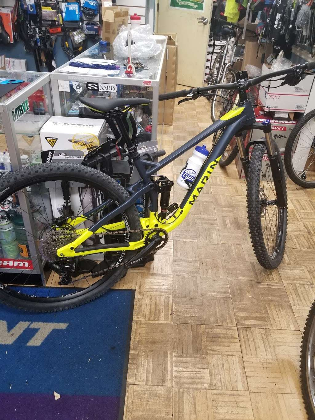Wyckoff Cycle llc - bicycle store  | Photo 5 of 10 | Address: 396 Franklin Ave, Wyckoff, NJ 07481, USA | Phone: (201) 891-5500
