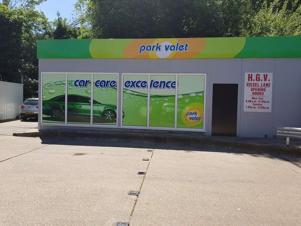 Texaco - gas station  | Photo 5 of 6 | Address: Farnborough Way, Orpington BR6 7ET, UK | Phone: 01689 400120