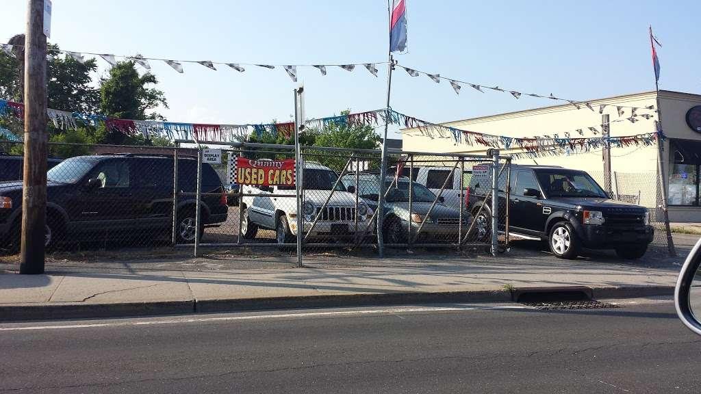 SB Auto Sales - car dealer  | Photo 9 of 10 | Address: 1355 Montauk Hwy, Copiague, NY 11726, USA | Phone: (631) 225-1405